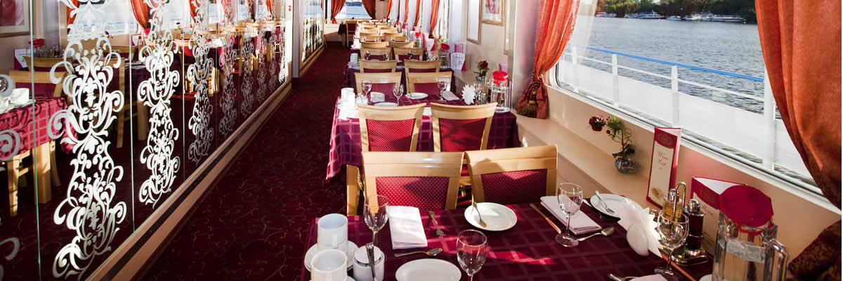 MS Lev Tolstoy, restaurante panorámico